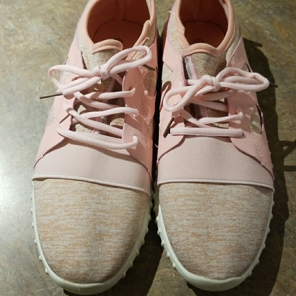 Sole Mates Shoes   Sole Mate Sneakers